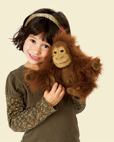 baby_orangutan_girl2590_tan